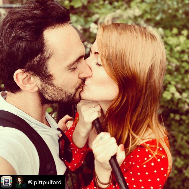 Repost from @lpittpulford using @RepostRegramApp - 3 weeks today baby!  #kissinggate #💑 @ gblagden