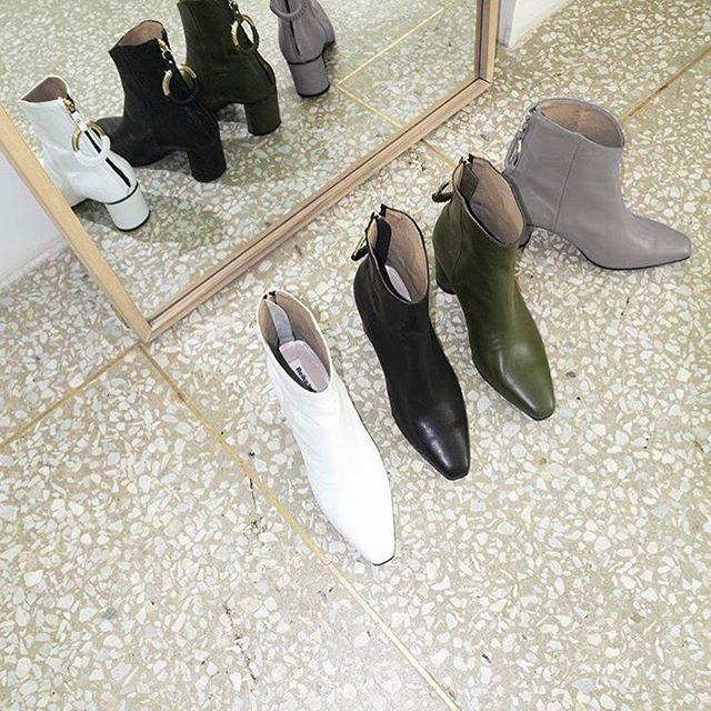 \\ pic credit @reikenen_official — #somewheremagazine #fashioninspo #ootd #anotheroutfitpost #shoes #shoesaddicted #dreamshoes #discoverunder5k #discoverunder4k #moodboard #lestyleàlafrançaise #parisianstyle #parisienne #postitforaesthetic #postitfortheaesthetics