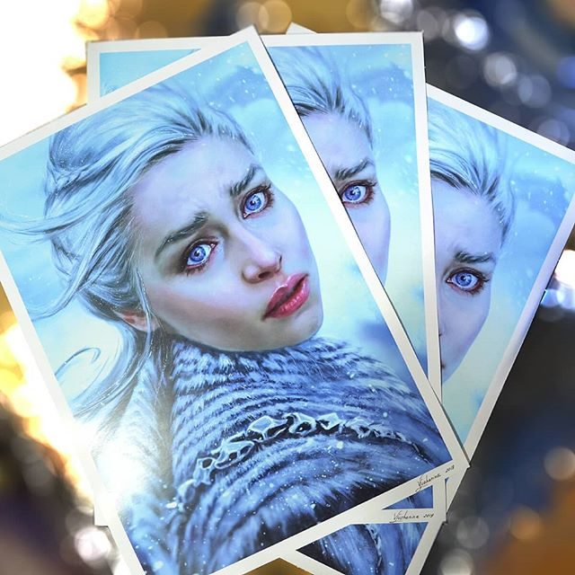 """""""Mother's Heart"""" 💔 Got only 3 of these left! This is Limited Edition of 25 copies, once sold out they're not coming back in this size. ⠀ Active link to my Stroenvy in the bio if you want to grab one 😊 . . . . . . .  #gameofthronesartwork#gameofthronesart#gameofthrones7 #gameofthronesfinale#gameofthronesseason7#emiliaclarke#daenerys #daenerystargaryen#daenerysartwork#darkfantasy#mhysa#motherofdragons#dragon#dragonqueen#silverprincess#dragonart #independentart #supporttheartist #independentart #dragonartwork#fantasyart#fantasyartists#fantasyillustration #artprint#artprints#limitededitionprints#homedecor#artprintsforsale#artprintsonline#artprintshop"""