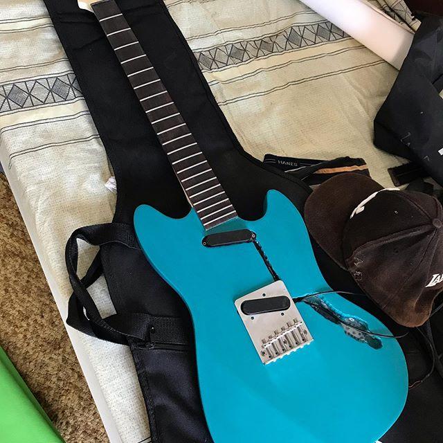 #гитары #fender #fendermustang #nirvana #grunge #kurtcobain #handmadeguitar