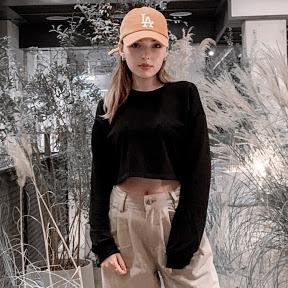 Asya Vivian