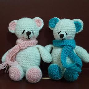crochet art gallery