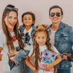 FAMILIA DE MELLIZOS