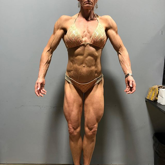 Client Spotlight:  My Masters over 40 Figure client. First pic is before her first show this year. Second pic is from her last show this year. Last pic is few weeks back in her offseason. She hates her offseason look, but ladies it's part of the process. She isn't in bad shape at all. She's full, thick..but still fairly lean. This is the sweet spot for offseason, lean enough so ur body is running well. Digestion, insulin sensitivity, etc. . . We have been working together for few years now. She competes at national level..so last year she got 12th (her best placing at that point), then 9th at first show this year and at masters we nailed it with fullness and conditioning. She got 3rd in over 40s and 4th in over 35. Shes a very hard worker. Another perfect client. 👏 . . #yes #itrain #females #lol #figure #masters #lifting #lifestyle #posing #contestprep #offseason #fitfam #bodybuilding #diet #npc #💪