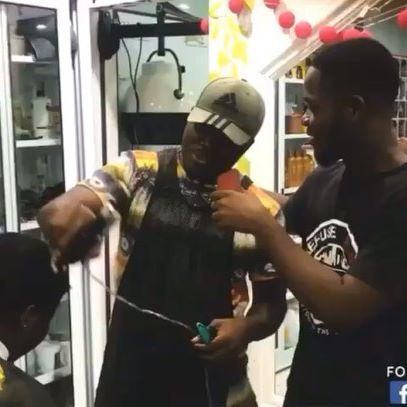 Barber Sammy ft Akrobeto - Womens  Watch the full video here: https://youtu.be/UeXW0UztkwI