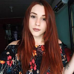 Letícia Lobato