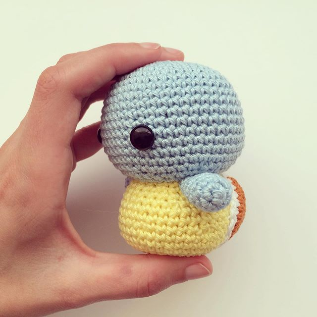 Did you know I've added a few FREE patterns to my website? Check them out: link is in my bio. ••• #cutecrochetnl #crochet #haken #häkeln #hekle #crochê #virka #hakeniship #diy #etsyshop #etsyseller #handmade #craft #yarnstagram #instacrochet #crochetersofinstagram #amigurumi #plush #stuffie #knuffel #shoplocal #cuteplush #gift #handmadedutch #cutegifts #yarnart #stuffedanimals #pokemon #squirtle