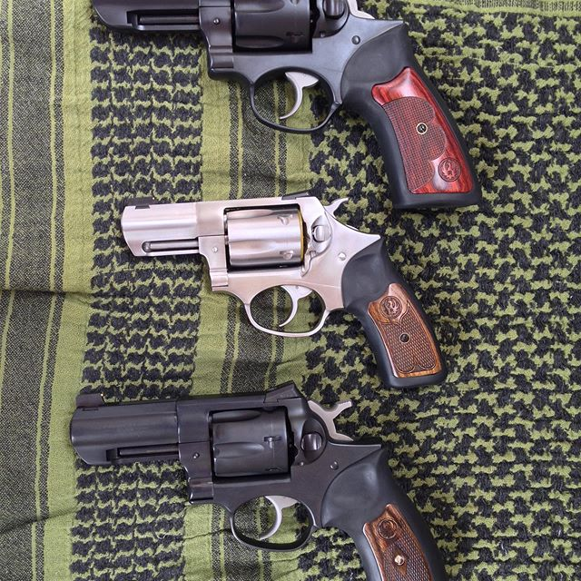 Snooze Button Sunday. Gonna have pull out an old pic for Snubby Sunday. #snubbysunday #snubbyclub #lachataclub #ruger #sp101 #gp100 #wileyclapp #357magnum