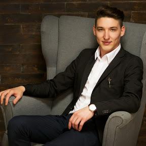 Денис Аюкасов