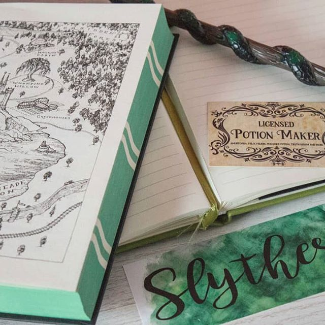 It's that time of year again and I am all ready for classes! And showing some Slytherin Pride.🐍😁 I got my new bookmark and the cute Potion Maker card from @kimcarlika.💖 #its1stseptember #timetogotohogwarts #hogwarts #harrypotter #jkrowling #hogwartsschool