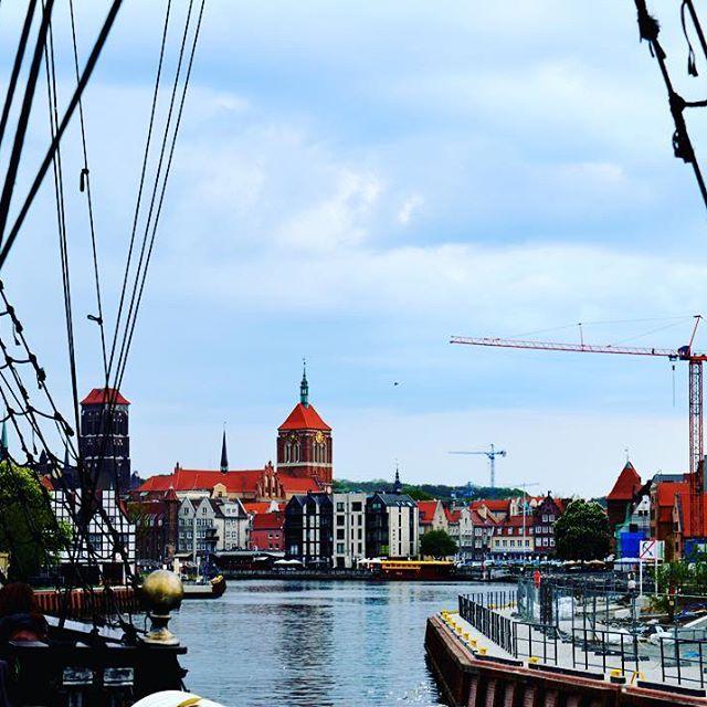 Pięknie w @gdansk_official! fot. Aleksandra Barb #zinnejperspektywy #motława #rejs #statek #głównemiasto #gdansk #my3miasto