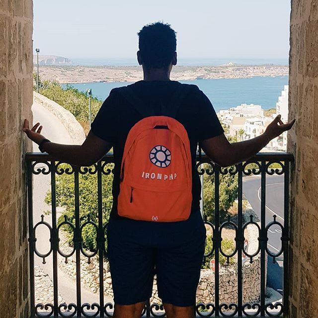 Un giorno tutto questo sarà....... Mio non di sicuro, distrutto probabile. . . . . . #mare #estate #sole #spiaggia #vacanze #estate2016 #youtuber #malta #youtube #lovemalta #blog #gozo #tramonto #ferie
