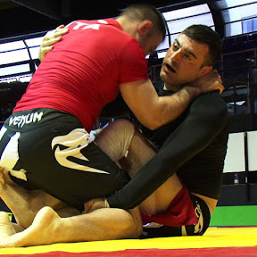 Grappling - Topic