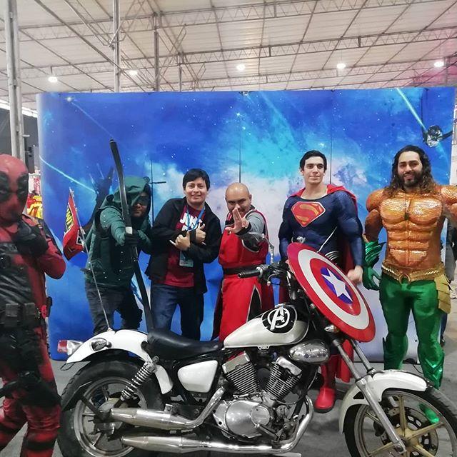 Un día por la comic con Peru 😝🤘🏼🤩 @comiconperu @mabeh02 #comiccon2019 #turisteando #comic2019 #geek #comicgeek