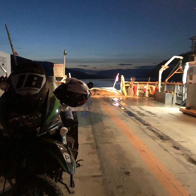 Ferry ⛴🛵🌊 🎬  Dual sport road trip Mex/USA/CAN/ALASKA 🇲🇽🇺🇸🇨🇦 #palafoxontheroad . . . . . #astralfly  #palafoxontheroad #motorcycle #motorcycles #bike #ride #rideout #bike #biker #bikergang #helmet #cycle #bikelife #streetbike #cc #instabike #instagood #instamotor #motorbike #photooftheday #instamotorcycle #instamoto #instamotogallery #supermoto #cruisin #cruising #bikestagram