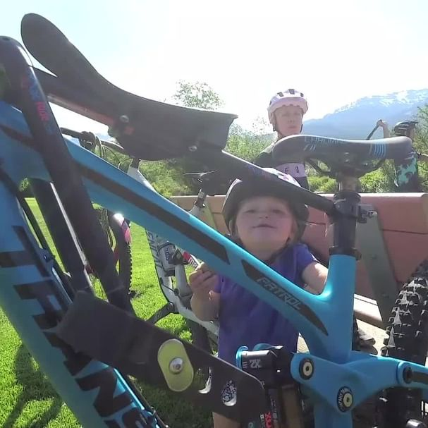 We had so much fun pedaling about Whistler's stunning trails with pro rider @YoannBarelli, mountain bike athlete/trainer-coach @KatrinaStrand & their daughter Anna.  This lucky kid is getting A LOT of time in nature, A LOT of time on the bike, and A LOT of time bonding with mom and dad as she takes the lead up front, with Mac Ride.  Thank you, Yoann, Katrina, Anna, and Jaxon, for sharing your daily ride routine with us! . . . . . #macride #familyadventure #mountainbike #whistler #bc