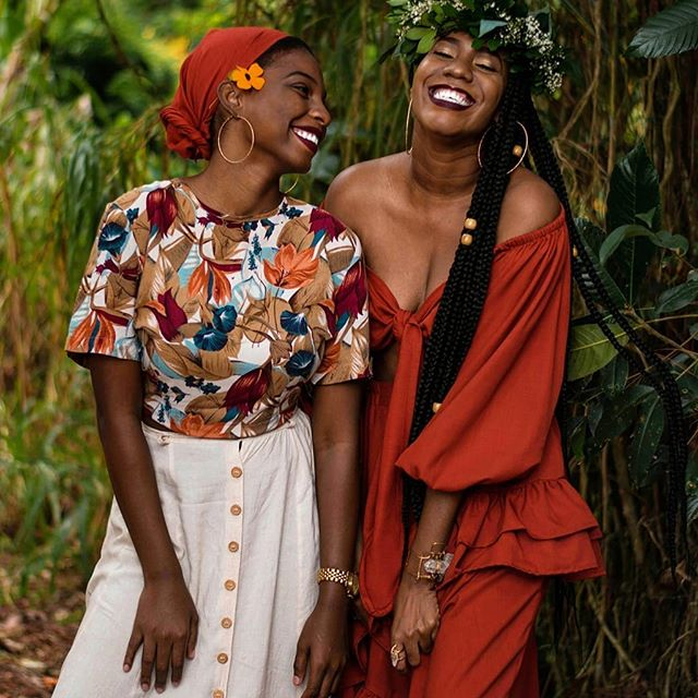 Sometimes that's all you need my love – another woman's faith in you🌻 ~ Joy McCullough . . . .  Image by ☀️ @pyelila . . . . . . . . . . . . . . . . . . . . . . . . . . . . . . . . . . #womanhood #sisterhood  #wanderer #feminism #seasonalsimplicity  #goingplaces #feelfreefeed #sisters #family #bestfriends #besties #untoldvisuals #doortomywonderland #inpraiseofslowness  #allkindsofmagic #natureseekers #earthoutdoors #keepitwild #livebeautifully #natureandnourish #amomentofwonder #awhisperedbeauty #underthefloralspell #nestandflourish #wildlifegirls #searchwandercollect #ournaturedays #inspiredbynature