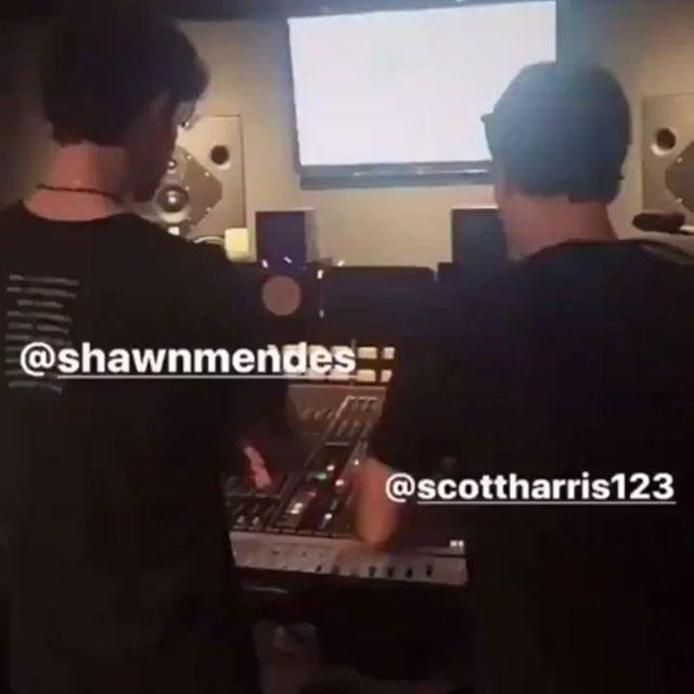 Shawn Mendes estava em um estúdio ontem 👀👀