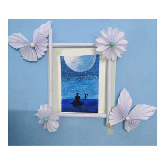 ❤️ Want to give someone a birthday gift ? The handmade paper frame will be the best option for you , it contains all  your favorite memories 😘😘. . ▶️ You can select any kind of greeting , just tell us ,we will make it for you at the cheapest cost . . . . Surprise birthday boy/girl with the handmade greeting ❤️ ➡️ Dm us for the orders. ➡️ Send photos on the WhatsApp ➡️ Check out our other gifts in the timeline . . . . . . #handcraftedmemories #handcrafted #handwritinggoals #handwritten #birthday #birthdaycake #golden #gifts #goldendoodle #burthdaygifts #crafts #crafted #memories #love #art #handmade #handmadeart #creative_art_world #instagram #instacraft #artoninstagram #artist #greeting #greetingcardsforsale #cards #card #surprise handcrafted_memories . . . @gauri_gadhave  @tejasvikadam17  @pradnyachejara  @kunjal888