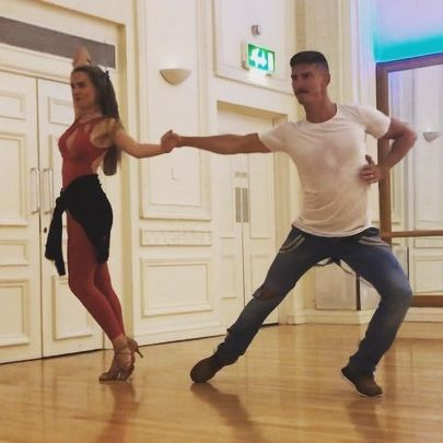 Just a casual practice with @donnasherifi #musicvideo #editingmakeseverythinglookbetter #proam #samba #latindancing