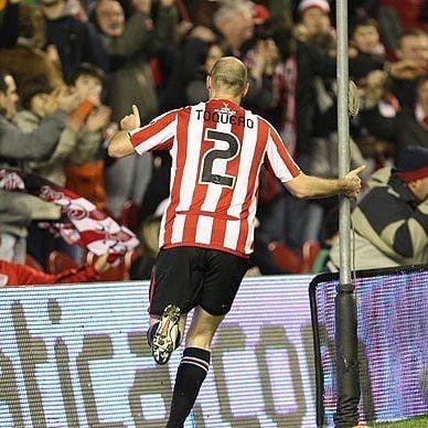🗣️ Gaizka Toquero en @mundodeportivobizkaia: Lo de 'Lehendakari' siempre será imborrable, inolvidable para mí. Es muy bonito que alguien se invente un mote o una canción para animar a un jugador. _ A mí me lo pusieron en la semifinal de Copa los seguidores del Athletic… Siempre será un gran recuerdo para mí y seré el 'Lehendakari' para la gente de Bilbao, je, je, je 🦁♥️ • • • • • • • • • • #PicOfTheDay #Photo #Instagram #Instagood #AthLive #Athletic #Aupa #AupaAthletic #BetiAthletic #BetiLehoi #GoazenAthletic #Goazen #BasqueWarriors #Warriors #NewBalance #LoyalToTheLast #SanMamés