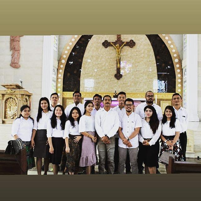 Congratulation kepada pengurus OMK St. Maria Ratu Rosario cinta damai yang baru di lantik.  Semoga semakin semangat dalam hidup pelayanan bergereja.... @omkcindai