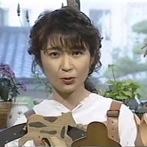 Satomi Kōrogi - Topic