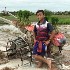 Tractor Cameo Khmer Farmer