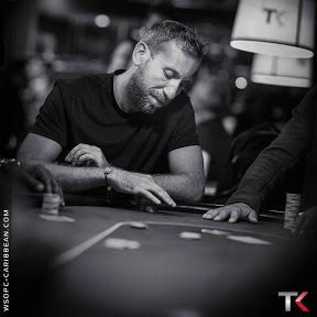 Poker Bluffs