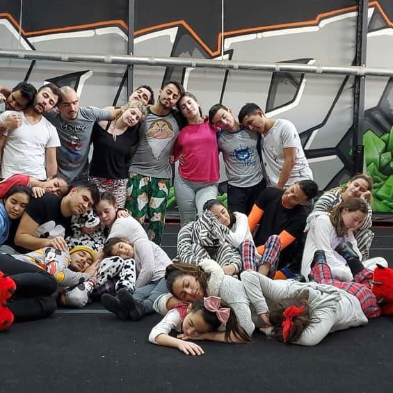 Pijama theme #practicetheme #julio #buhosblack #buhoswithe @buhosallstars