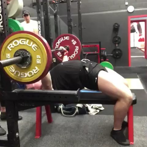 Big Daddy Thickshake @davidobson_ in a 2 week transition phase nailing a mammoth 152.5kg single. This week he's also taken 245kg in the squat and 235kg in the deadlift. . David is coming into his comp block for the Melbourne Open in October in the 105s. This will be his only competition between Junior Nationals 2019 and Junior Nationals 2020. The common advice for newer lifters is to build confidence on the platform in your earlier years in the sport by competing upwards of 3-4 times per year. The harsh reality is, progress in strength is only built with consistent, back to back training phases with progressive volume and intensity. Injecting comps every 3-4 months in an effort to build 'platform confidence' only takes time away for the development of strength and skill in training. Use your training to prepare you for competition and you comps to express your hard earned strength. Confidence on the platform comes with knowing you are a better lifter.  David is 21, has only competed twice and gone 9/9 in both comps, composed and ready. He will mirror these performances in October because his training is what makes him prepared.  Coach @j.smith.culture  To book your assessment PM the page or reach us through the links in our bio. #strengthculture #huntprogression. . #strength #strengthandconditioning #strong #fittip #mobility #stability #powerlifting #strengthtraining #strengthandconditioning #coaching #gym #gymtip #strengthcoach #squat #benchpress #sportsperformance #athleticperformance #movement #deadlift #functionaltraining #assessment #weightlifting #training #anatomy #fitnesstips