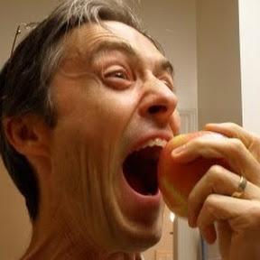 The Fruit Addict Ⓥ