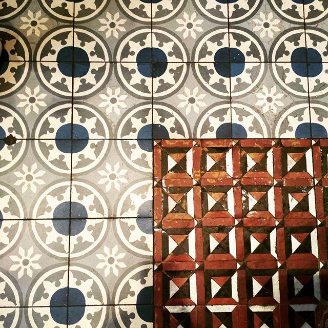 Geflickte Fliesen : Sterne und Schokolade auf orientalisch