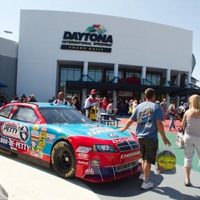 Daytona International Speedway - Topic