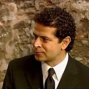 Şahan Gökbakar - Topic