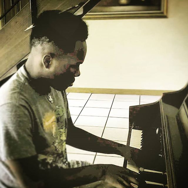 The music man... #pianolife #musicinthekeyoflife #soundinthesilence #notesoftheheart