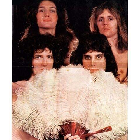 I love this Mick Rock photoshot so much ~~~~~~~~~~~~~~~~~~ #Queen #queenband #queenforever #freddiemercury #freddiemercuryqueen #freddiemercuryforever #johndeacon #johndeaconqueen #brianmay #brianmayqueen #rogertaylor #rogertaylorqueen
