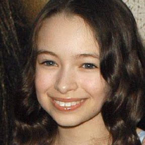 Jodelle Ferland - Topic