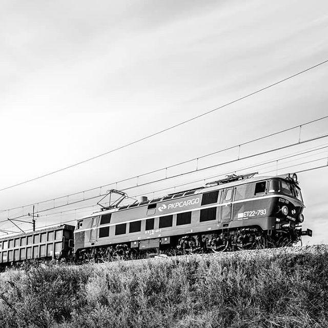 #bw #bnw #bnwpoland  #bnwmood#street #streetphotography #blackandwhite #bnw_greatshots #bnw_captures #trip#railway #igerspoznan #travelphotography#art#igworldbnw #canonpolska #travel#instatravel #instagram #instagood#train #instadaily#street #monochrome #picoftheday #love #bnw_magazine #photooftheday #bestoftheday #canon #canonglobal