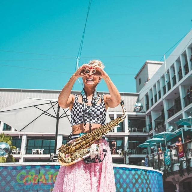One more sleep for our last party at @ibizarocks of the season with @craigdavid 🎷💃💕🎶 DON'T MISS OUT this special one with myself and @djbensantiago  #lovelylaura #bensantiago #ibizarocks #ibiza2019 #TS5 #poolparty #summer #ibiza #music #sax #electronic #craigdavid