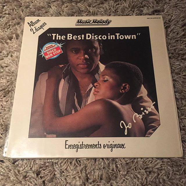 The best disco in town! Brilliant by Jo Bisso #outofoffice #disco #house #housemusic #afrobeat #garage #vinyl #records #lovevinyl #ilovevinyl #iloverecords #45rpm #33rpm #instavinyl #instarecords #vinylclub #vinylcommunity #vinylcollector #recordcollector #recordcollection #vinylcollection #nowspinning #nowplaying #playlist #vinylplaylist #musicblog