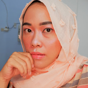 Iris Prabowo