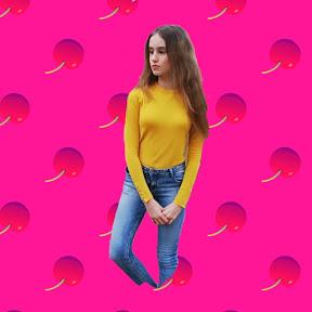 Charlotte M - Teenager Blog