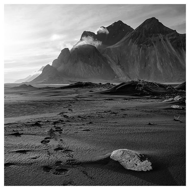 Walk back from the top (#iceland)  #SonyA7rII #zeiss Loxia 21mm #blackandwhite #fineart