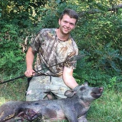 Tanner Edenfield Bowhunting
