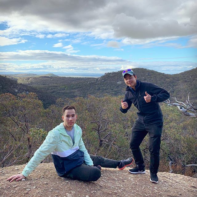 When You Don't Know What To Do With Your Hands For The Photo 📸👍😂😅🤣 #thumbsup #pose #youyangsregionalpark #victoria #hiking