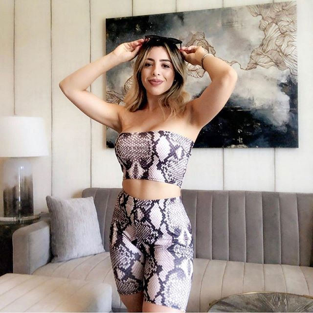 @karlayareth_ looking spectacular in her new Elle two piece! Love the look babe 🥰 - - -  Two Piece @sheikeloft  #ootd #potd #snakeskin #fashion #babe