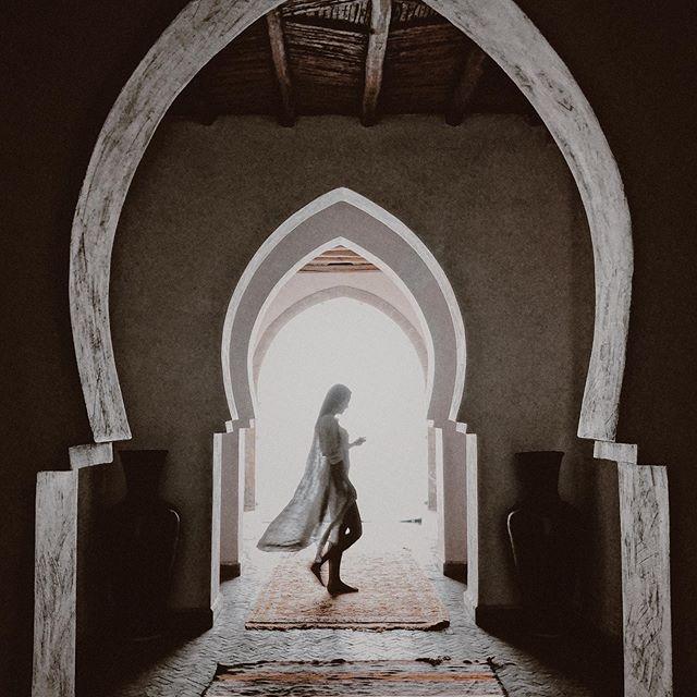 Good night Morocco 🌙 Ready for a new and super exciting season! ✨ Lista para ti y una nueva temporada que me tiene emocionada . . #morocco #magic #dreaminginmorocco #azulbereber #notatravelagency #marrakech #travel #welltravelled #luxurylifestyle #luxetravel #luxetravelagent #traveler