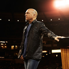 Pastor Greg Laurie