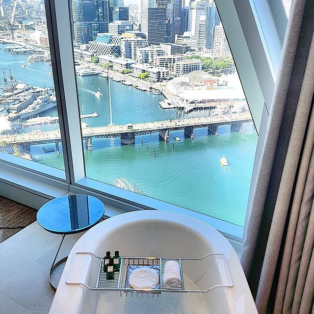 This is how you bath!!! #bathroomgoals #sydney #sofitel #whataview #relaxed